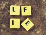 """Znaczenie """"życia"""". Jak rozumiemy abstrakcyjne słowa? – aspekt neuropsychologiczny"""
